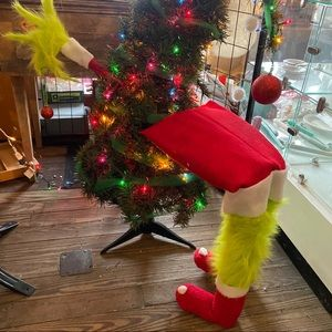 Miniature grinch with hand holding bulb 3ft tree
